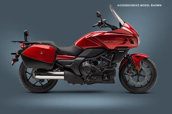 Red Honda CTX 700 - a great starter ride for motorcycle touring