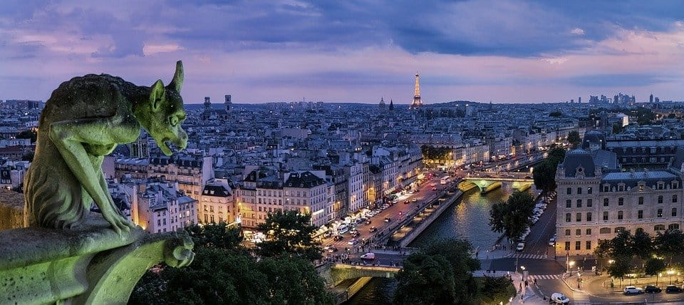 Travel Bucket List - seeing Paris at night