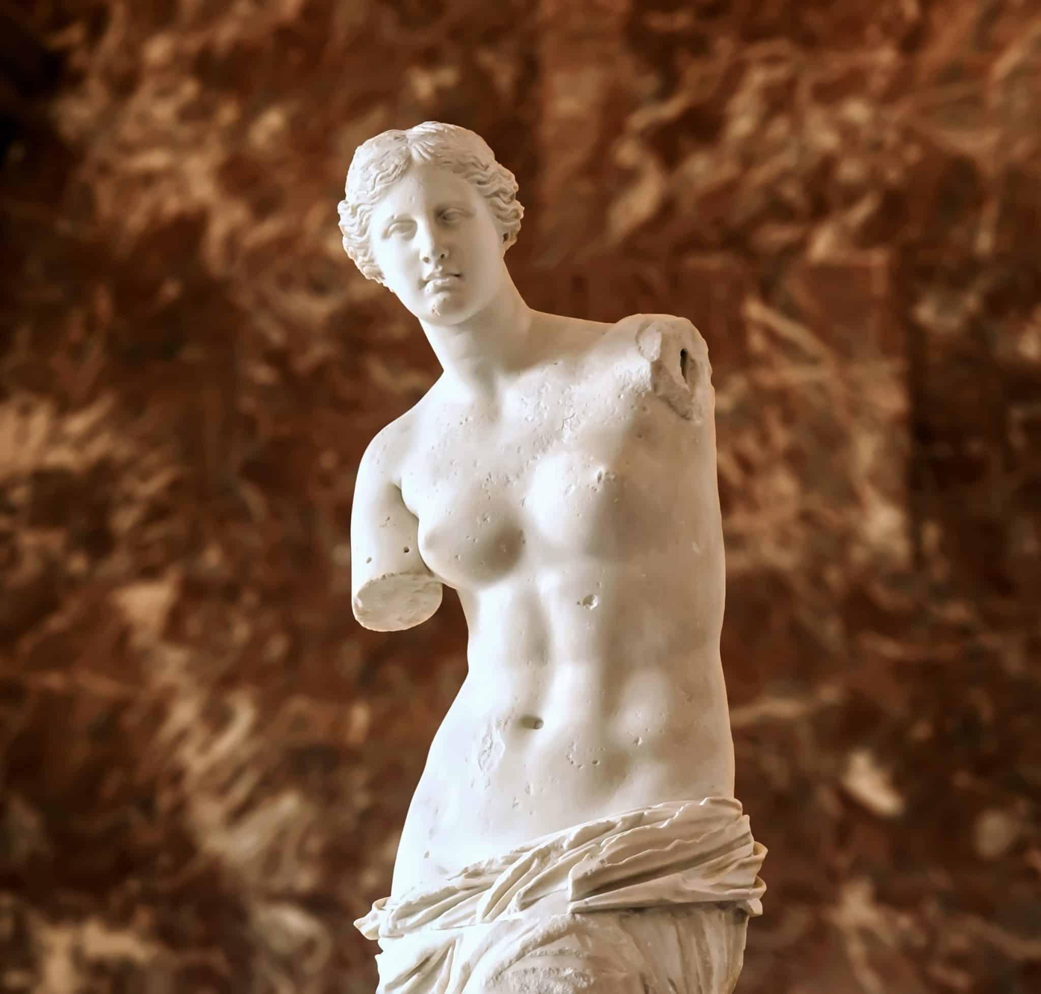 Venus de Milo, a Greek sculpture in the Louvre, where to go in Paris for 4 days