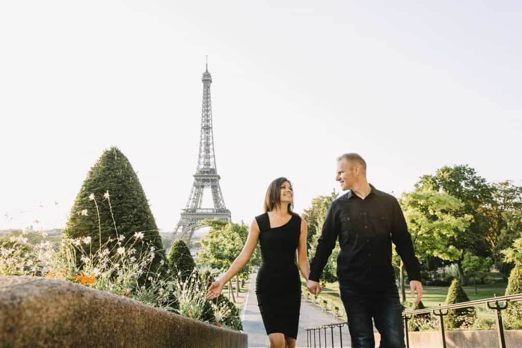 A beautiful photo of a couple at the Eiffel tower - Paris related gifts