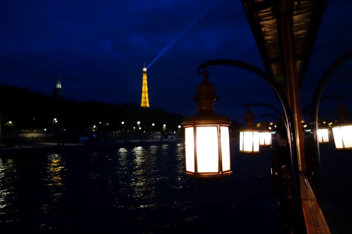 Best Paris dinner cruises view at night