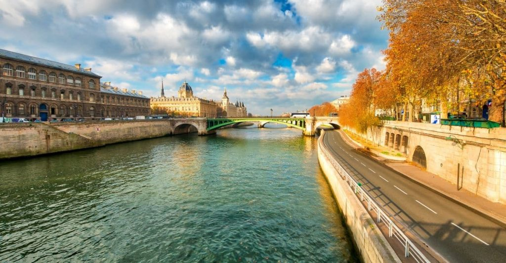 Beautiful view of what you'll see on a dinner cruise on the Seine in Paris